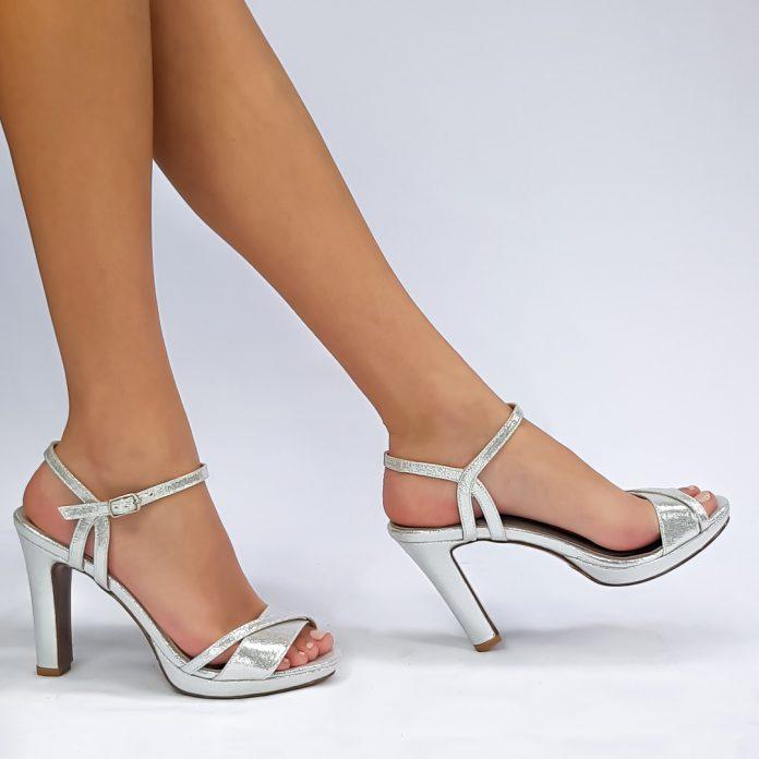 מחפשות נעלי כלה? כל הטיפים לבחירה חכמה של נעלי כלה